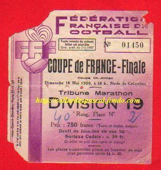 1958  Stade de Reims bat  Nîmes Ol.  3 - 1