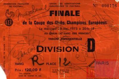 1975 à Paris : Bayern Munich - Leeds United  2 - 0