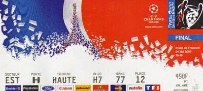 2000 à Paris :  Réal Madrid - FC Valence  3 - 0