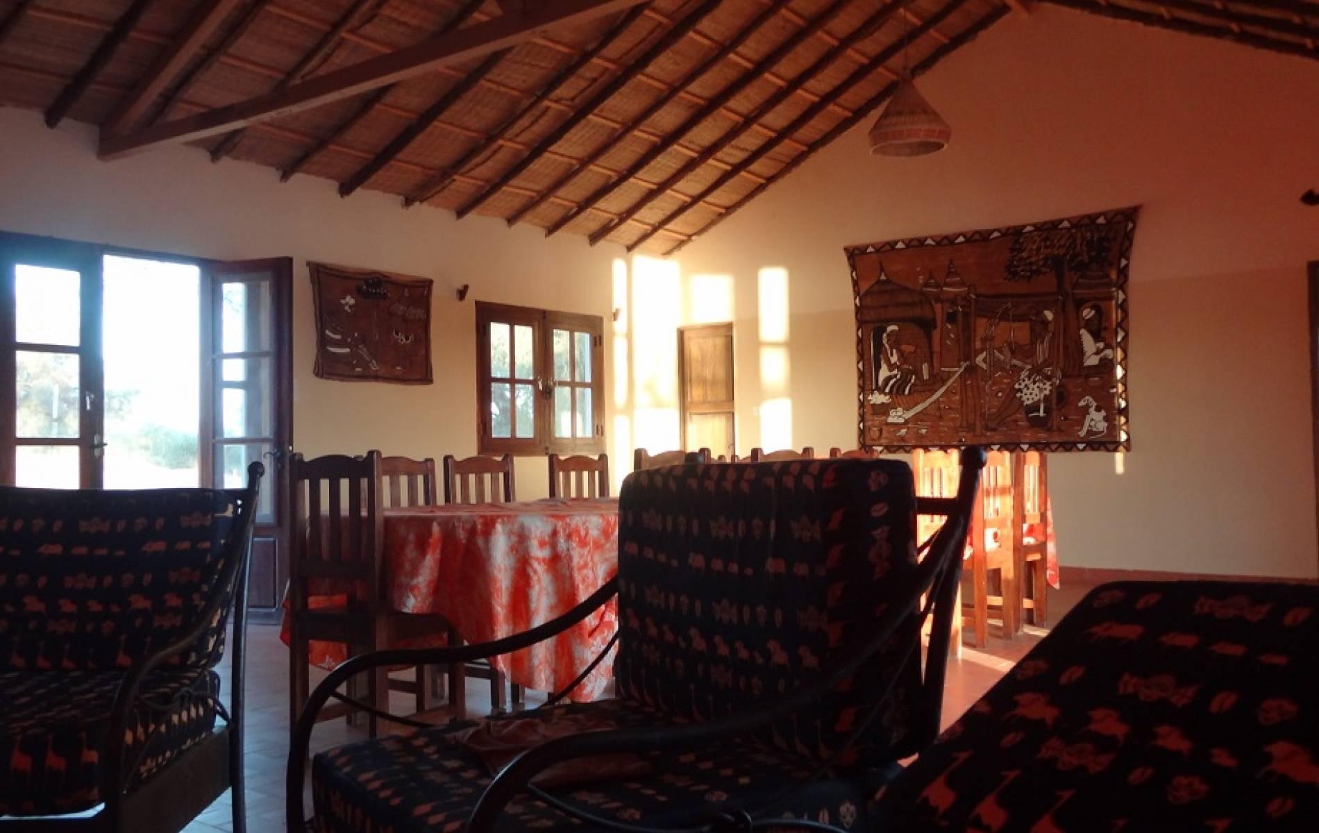 La salle commune du campement de la bécassine