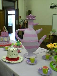 The Incredible 3 Nozzles Teapot