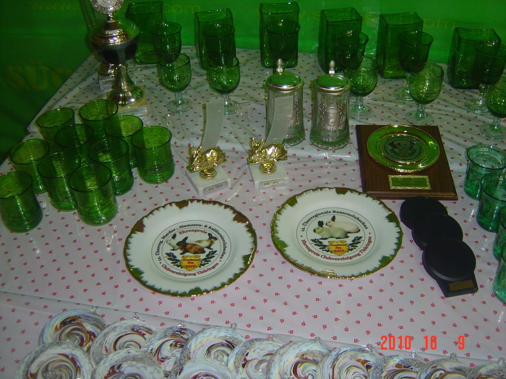 Das sind echt tolle Ehrenpreise, Glas aus der Region.