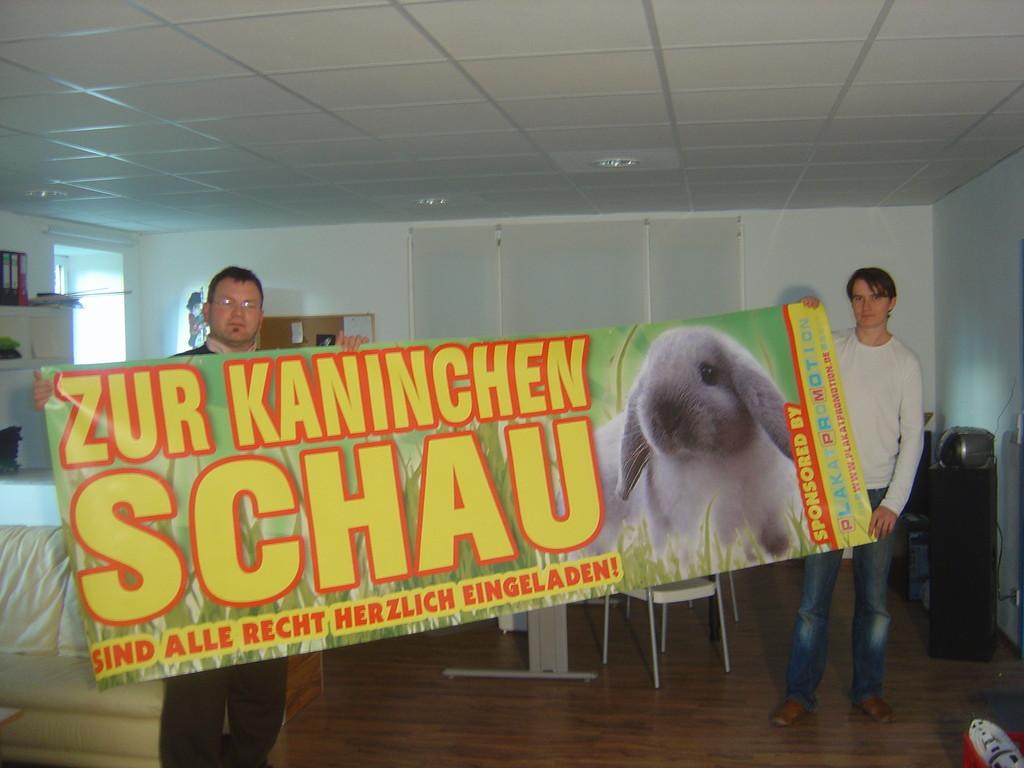 Den Banner bekam der KZV G216 gesponsert. Ich hole ihn in Halle ab