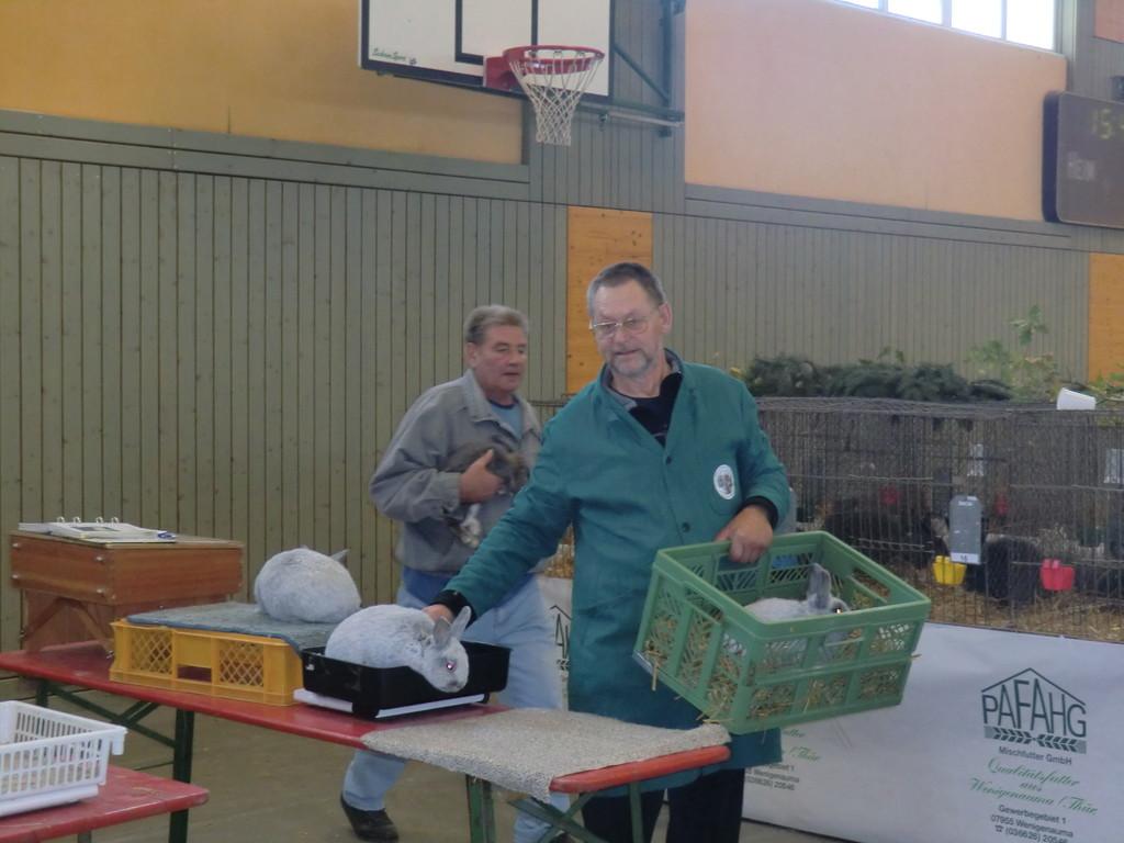 Christian wirkt mit mir gemeinsam als Helfer in der PR-Gruppe Sämann/ Meier