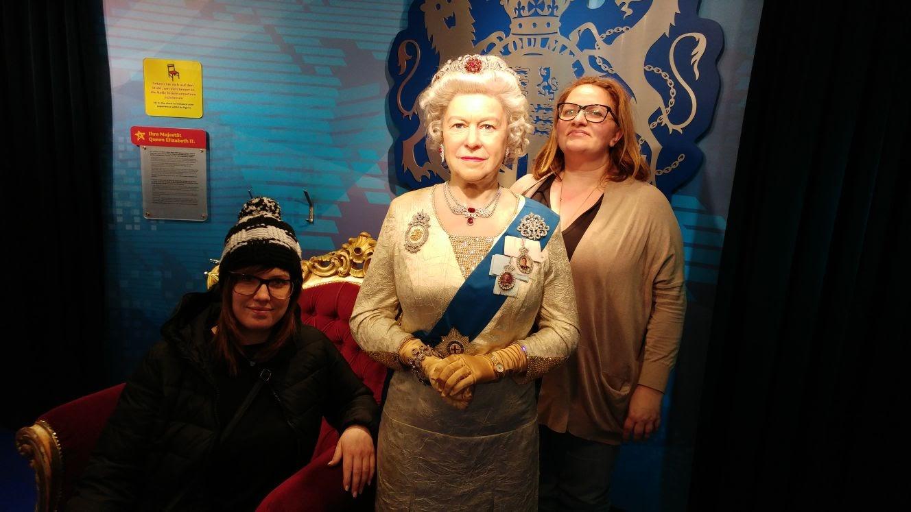 Am Silvesternachtmittag noch zu Besuch bei der Queen,