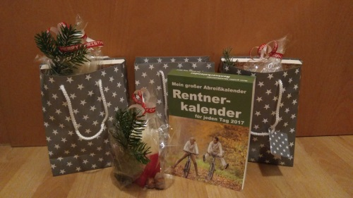 alles verpackt auch die Koffer für den Urlaub... Willkommen im Rentnerleben meine Lieben ;-)))) Viel Spaß beim lösen der Rätsel