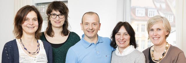 Carola Bergfeld, Andrea Steinberg (Heilpraktikerinnen für Psychotherapie), Thomas Gries (Heilpraktiker), Sabine Heidecker (Physiotherapeutin), Silke Held (Psych. Beraterin, Coach)