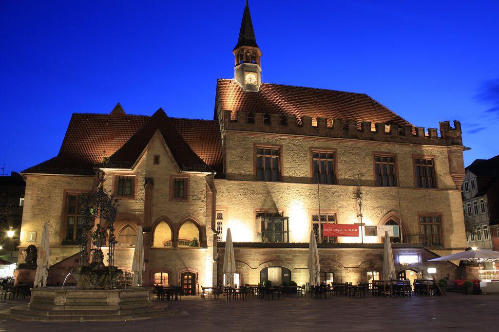 Altes Rathaus am Abend -Göttingen