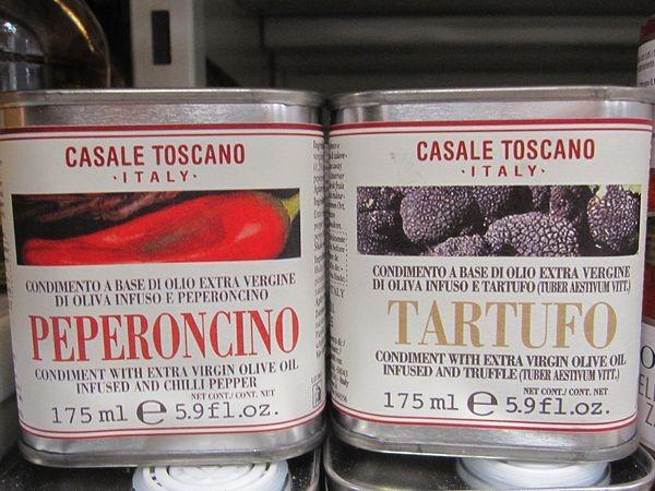 トリュフ入りオリーブオイル、ペペロンチーノ入りオリーブオイル