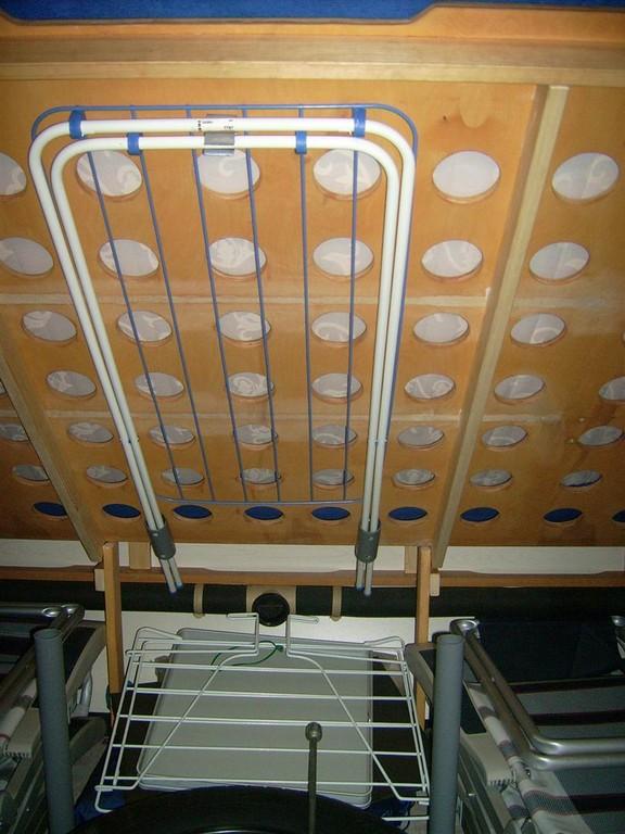 HT-Rohrabschnitte werden zur  Wäscheständer-Halterung