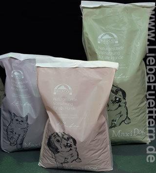 MaxiDog und MaxiCat Trockenfuttersäcke von Reico für Hunde Trockenfutter und Katzen Trockenfutter
