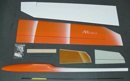 planeur Minij Aeromod démonté, aile en 2 parties, blanc et orange