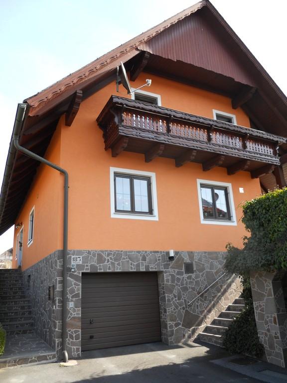 Fassadenanstrich Wohnhaus