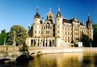 Ausflugsziel vom Jagdschloss Friedrichsmoor - Schweriner Schloss