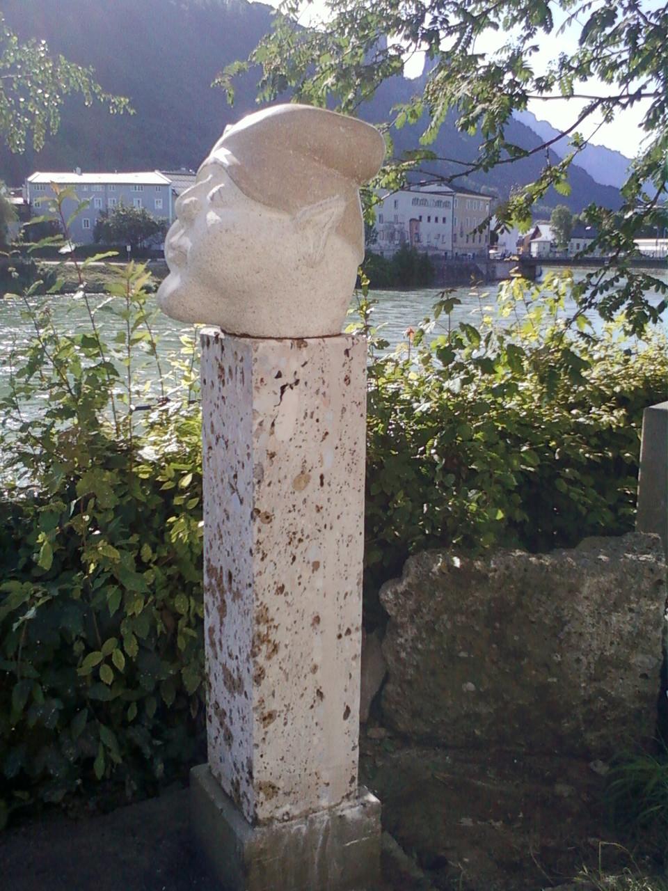 Zwergenkopf aus Untersberger-Marmor