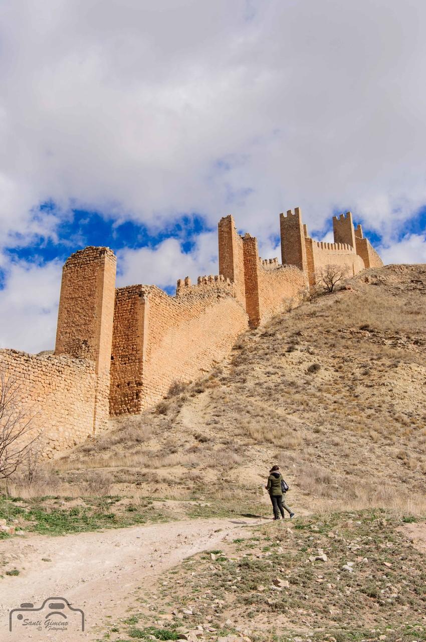 Camí al cel, a les muralles d' Albarracin