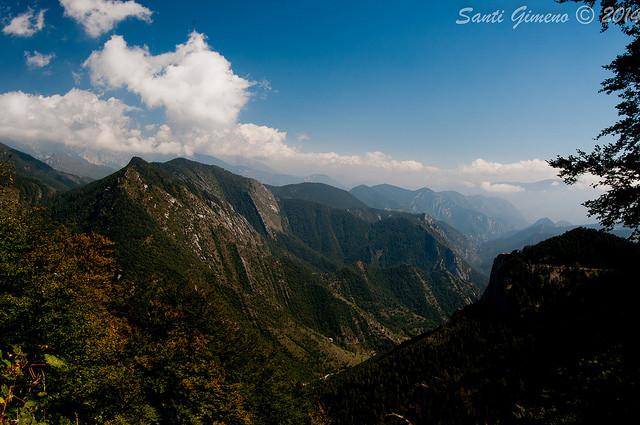 Vista de part del Parc natural del Cadi-Moixero, des de la falda del Pedraforca
