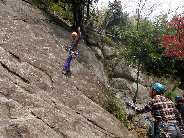 mt_kawaniに確保してもらいイノッチ登る。