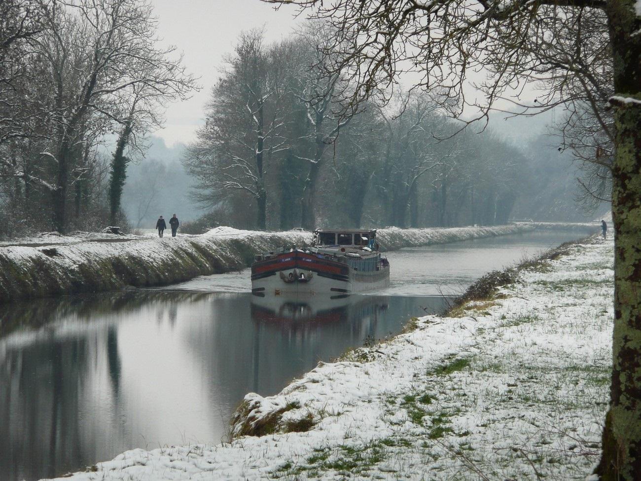 Canal en hiver