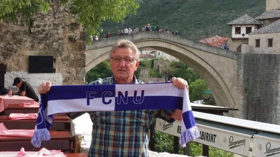Fangrüße vor dem Wahrzeichen der Stadt Mostar, Stari most, in Bosnien und Herzegowina!