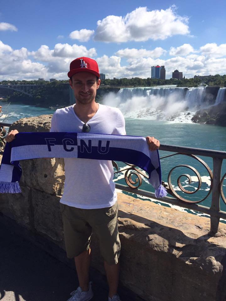 Fangrüße von den Niagarafällen in der Provinz Ontario, Kanada!