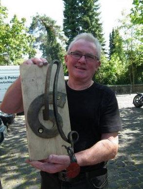 der vorherige Gewinner Manfred Fattle
