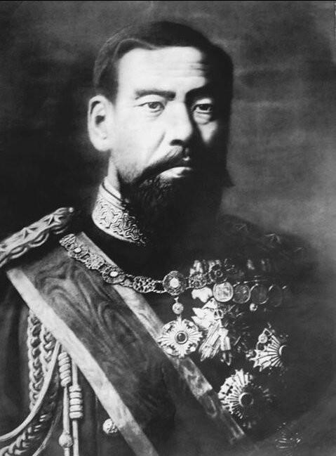 Meiji-tennō (1852-1912)