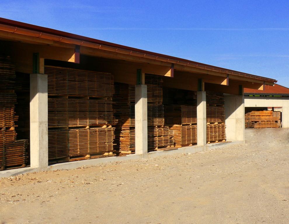 Holzlager am Sägewerk, Palling